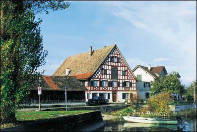 Mehrfamilien-Haus zum Seegarten Obere Seestrasse 70